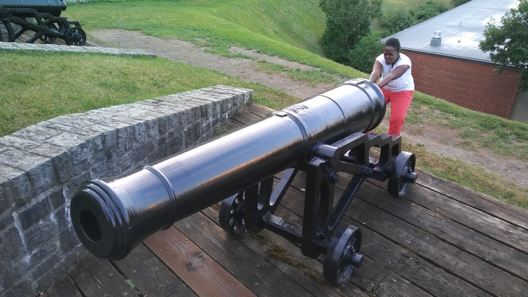 Cutey with big cannon
