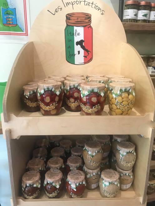 I love the jars :).