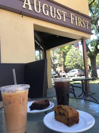 Iced-Coffee and Brownie