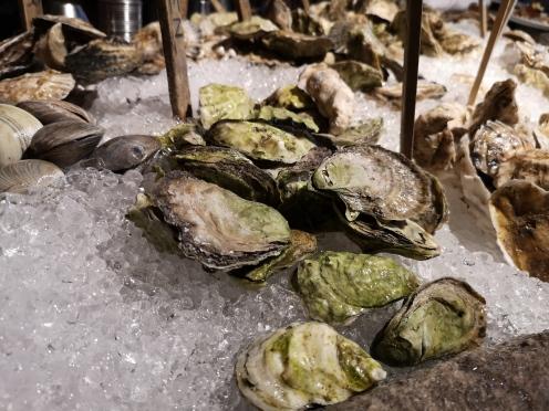 Some fresh, fresh oyster
