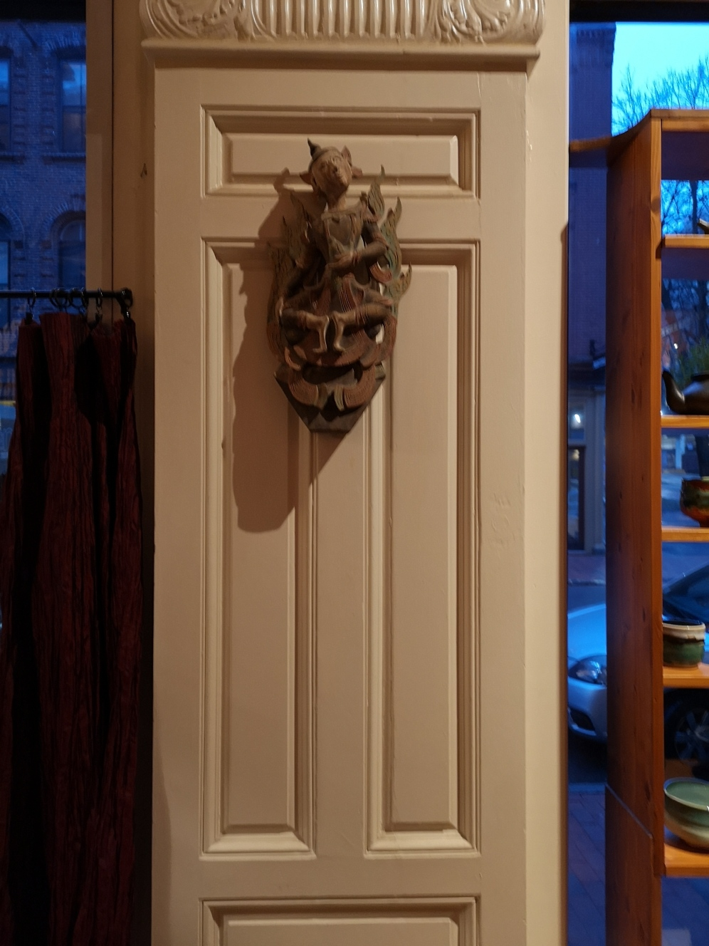 Fascinating door ornament